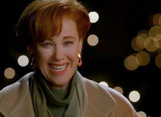 Kate_McCallister_smiling_sweetly_towards_Kevin_after_finding_him