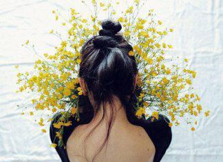 flowers-woman-1