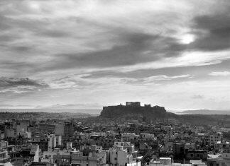 Ioannis-Lampros-Panoramiki-Athina-me-Akropoli-Gia-Ekthesi-Benaki-Diethnis-Aerolimenas-Athinon-1200×890